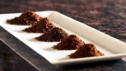 Мельница для кофе ручная. На нашей мельнице можно изготовить кофе разной степени полола: от крупного до сверхмелкого.