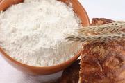 Помол муки. Мука первого и высшего сорта - основа хлебобулочного производства.